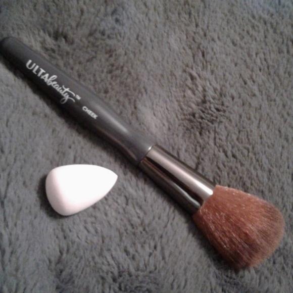 Ulta Beauty Other - 🆕️*3/$20* ULTA Brush & Makeup Sponge